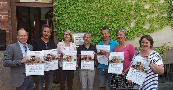 Land fehlen Pflegefamilien - PARITÄTISCHER und Ministerium für Soziales und Integration starten landesweite Kampagne
