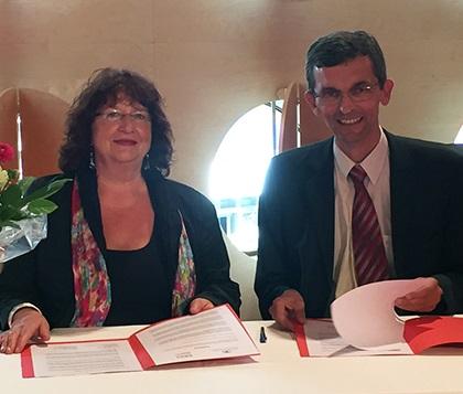 Gemeinsame Initiative für mehr Patientenfürsprecher*innen an Krankenhäusern – Land und Krankenhausgesellschaft unterzeichnen Vereinbarung